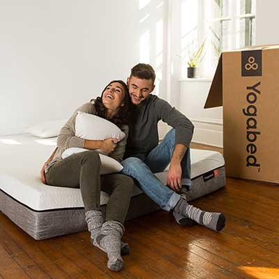 Yogabed-Mattress---couple-sitting