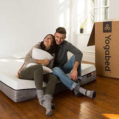 Yogabed-Mattress---couple-sitting
